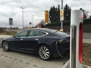 Tanken Tesla