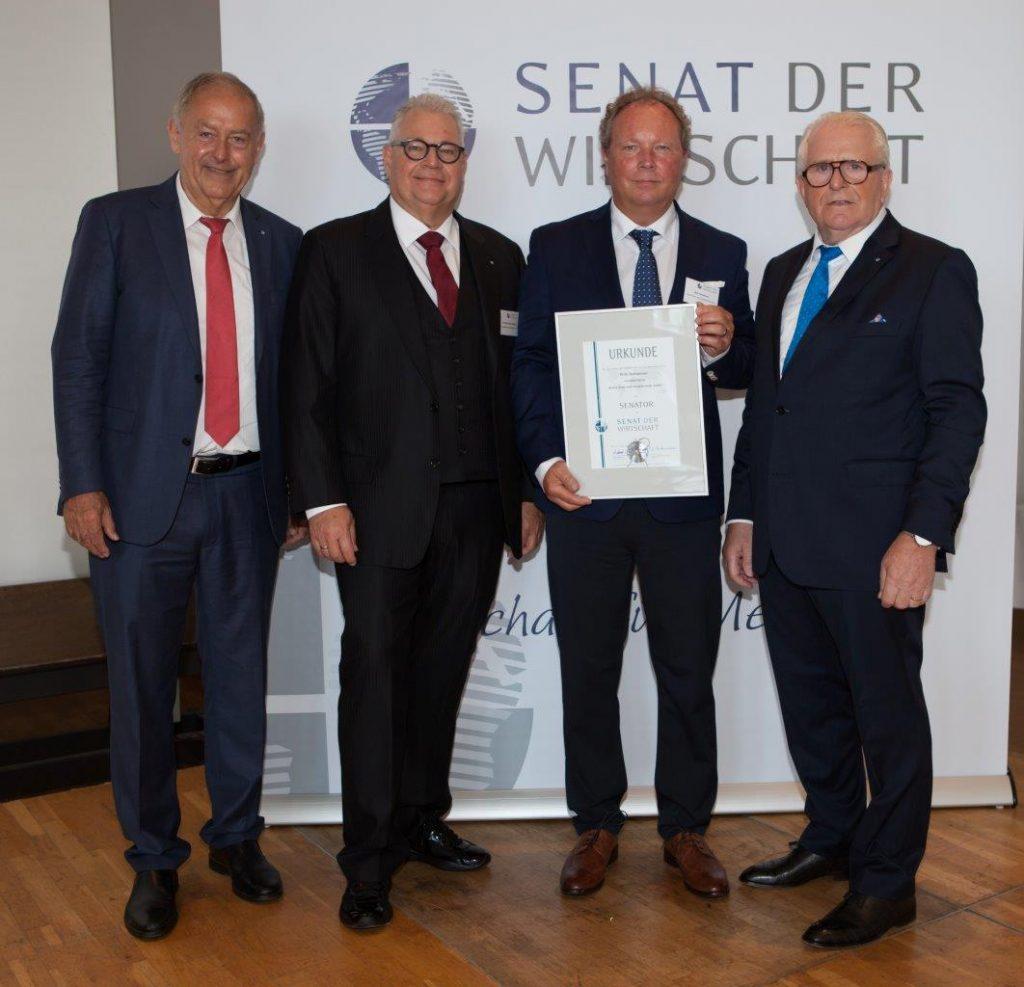 Geschäftsführer der iKratos GmbH Willi Harhammer beim Convent in Bonn