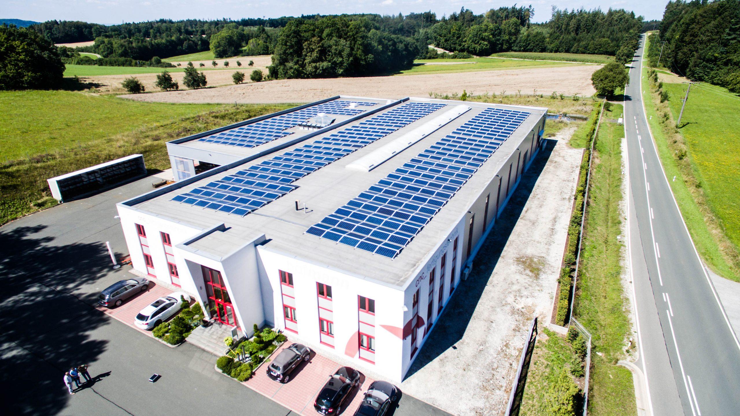 Solar für Firmen – Photovoltaikanlagen für Firmen und Industrie
