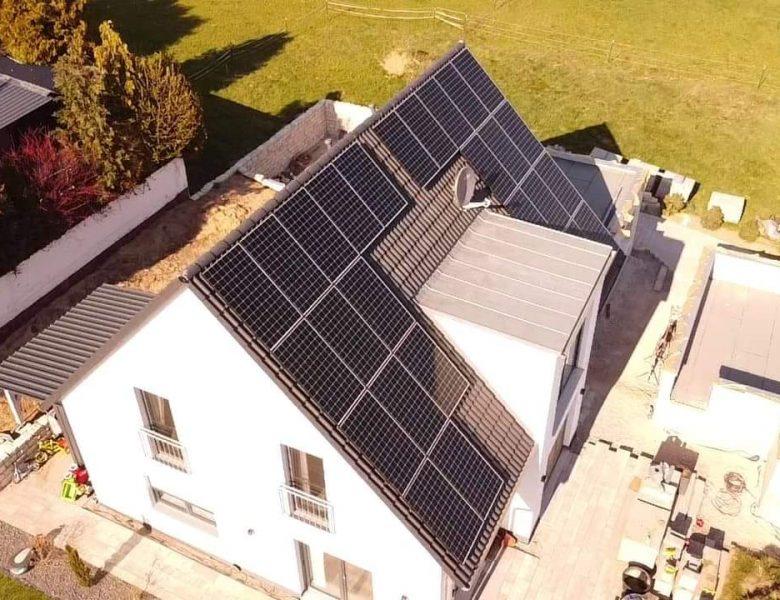 Solaranlage mit Stromspeicher